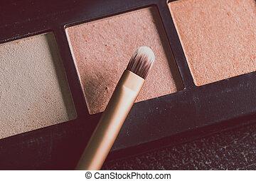 eyeshadows, highlighters, 背景, 暗い, bronzers, 自然, 強くされた, ブラシ