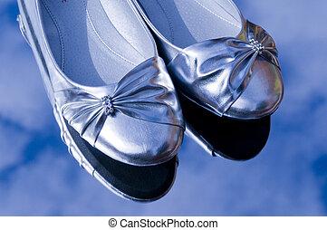 ezüst, cipők