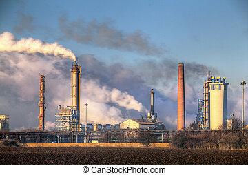 fábrica, con, contaminación atmosférica