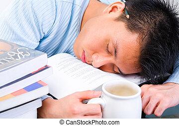fáradt, alatt, tanul
