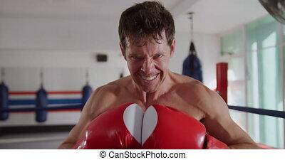 fâché, boxe, caucasien, anneau, homme