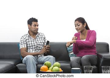 fâché, indien, couple, avoir, argument