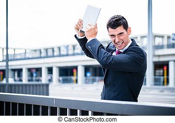 fâché, informatique, tablette, homme affaires