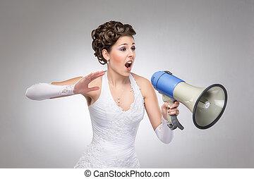 fâché, mariée, à, les, porte voix