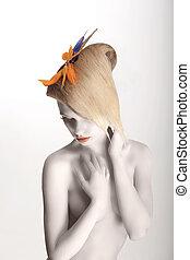 fée, tale., artistique, rêveur, femme, à, strelitzia, fleur, posing., blanc, maquillage