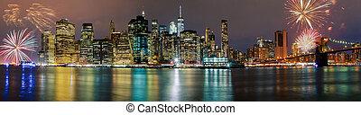 fényesen, színes, fireworksnew, york, város, manhattan épület, láthatár, éjszaka, este