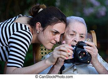 fénykép, nagyanyó, legelészés