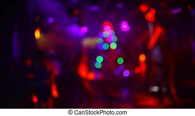 fête, boîte nuit, brouillé, gens, danse, silhouettes