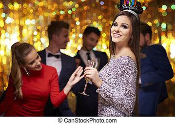 fête, femme, couronne, séduisant