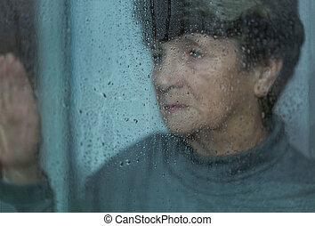 fördjupning, av, äldre kvinnor