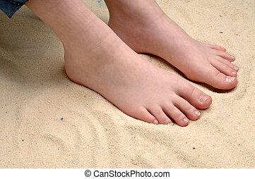 fötter, avbild, childs, sand, horisontal