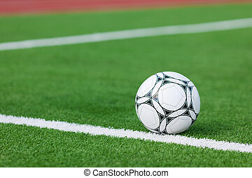 fútbol, acostado, en, campo