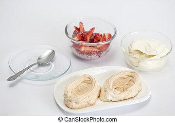 füllung, der, meringen, mit, erdbeeren, und, creme
