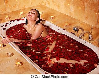 fürdőkád, nő, bágyasztó