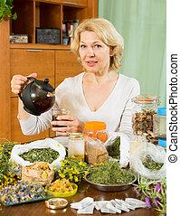 füvészkönyv, senior woman, részeg tea