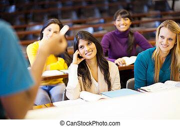 főiskolai tanár, előadó, diákok, alatt, osztályterem