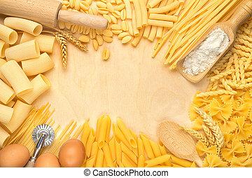 főtt tészta, felszerelés, írógépen ír, konyha