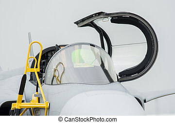 F 16 cockpit