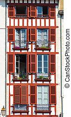 façade bâtiment, bayonne