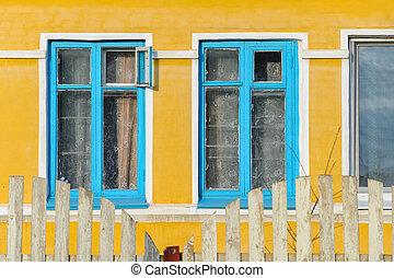 façade, bâtiment, jaune, privé