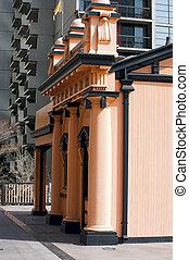 Facade Contrast in Los Angeles
