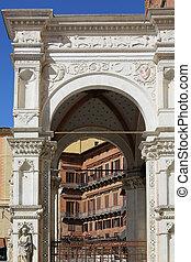 Facade Palazzo Pubblico Siena