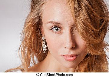 face blonde studio shot