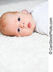 face newborn baby