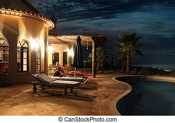 fachada, com, luzes, e, piscina