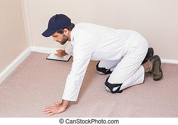 factótum, colocar, alfombra, abajo