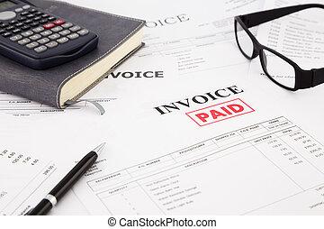factuur, en, rekeningen, met, paid munten aan