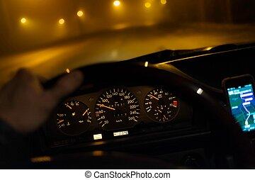 fahren, auto, während, niedrig, sicht, nacht
