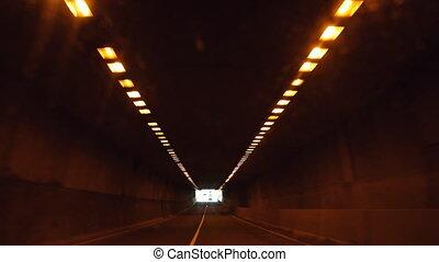 fahren, in, tunnel.