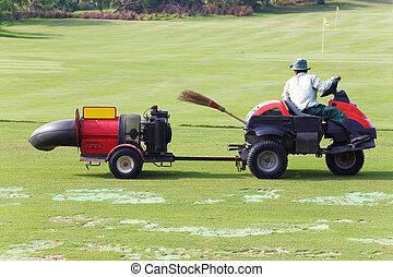 Fairway turbine blower working golf