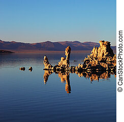 Fairy Mono Lake Tufa. - Fairy Mono Lake with a fantastic...