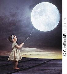 Fairy portait of a little girl with a moony balloon - Fairy...