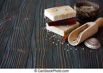 fait main, savon, et, sel marin, sur, naturel, bois, fond