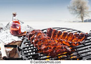 fait mariner, grillé, côtes, épargner, barbecue