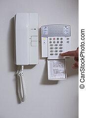 fal, lista, feláll, telefon, számok, becsuk