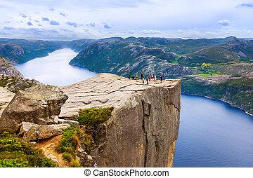 falaise, preikestolen, dans, fjord, lysefjord, -, norvège