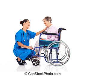 falando, sênior, paciente, amigável, enfermeira
