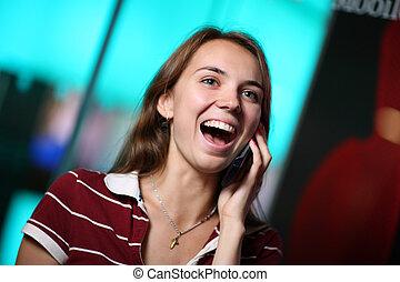 falar mulher, jovem, telefone pilha, feliz