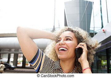 falar mulher, mão, cabelo, telefone, feliz