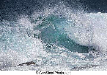 falistość oceanu