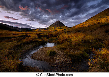 Fall color Crested Buute, Colorado