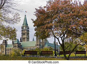 Fall Peace Tower - The canadian Parliament seen from park...
