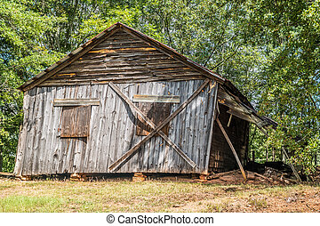 Falling down old rustic homestead