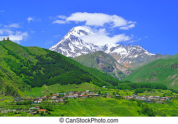 falu, alatt, a, kaukázus, hegyek
