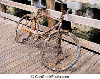 falusias, bicikli
