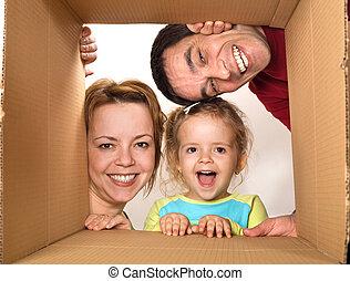 família, abertura, caixa papelão, -, feliz, em movimento,...